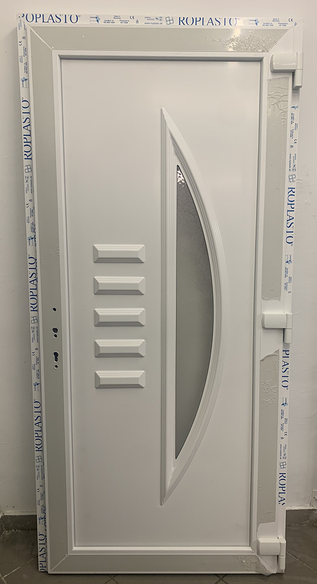 "Wintech műanyag bejárati ajtó ""Kőris"""